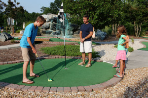 Mini Golf family